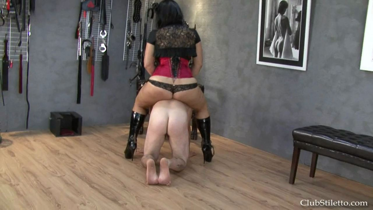 Goddess Samantha In Scene: Very Cruel Rider - CLUBSTILETTO - HD/720p/MP4