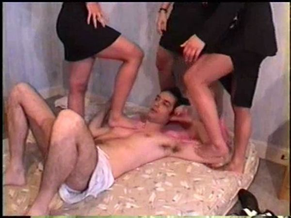 T4 The Terrible Trampling Trio - CUCCIOLOPAGE - SD/428p/MP4
