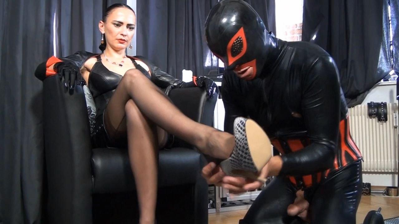 Fetish Diva Nadja In Scene: Personal property of the mistress Part 1 - FETISH-DIVA-NADJA - HD/720p/MP4