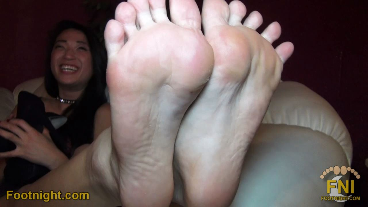 Meesh's Beautiful Asian Soles & Toes Up Close - FOOTNIGHT - HD/720p/MP4