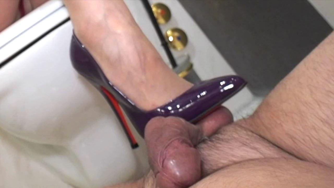 Lady Victoria Valente In Scene: Extreme Ruined Orgasm bathroom - CLIPS4SALE / LADYVICTORIAVALENTE / REAL GERMAN MISTRESS - HD/720p/MP4