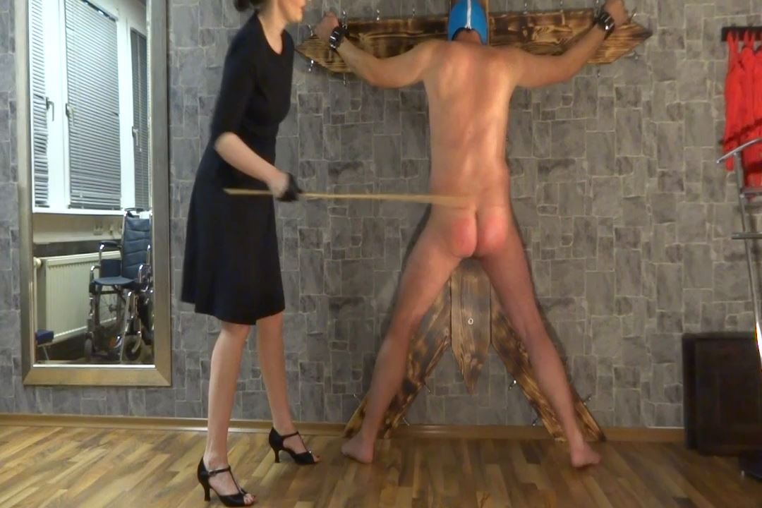 Lady Victoria Valente In Scene: Caning the slave Part 2 - CLIPS4SALE / LADYVICTORIAVALENTE / REAL GERMAN MISTRESS - HD/720p/MP4