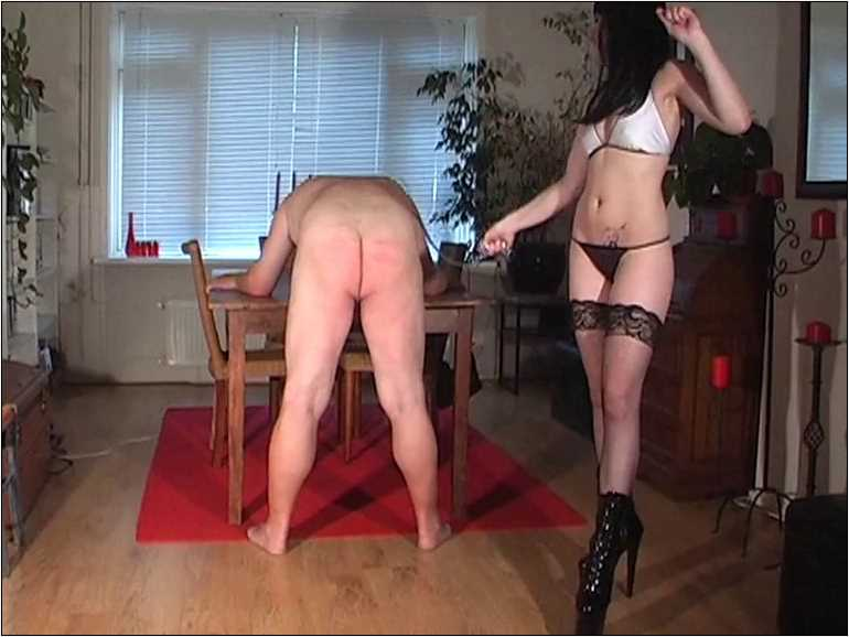 Mistress Anita Divina In Scene: TRAINED TO HANDLE MY WHIPS - MISTRESSANITADIVINA - SD/576p/MP4