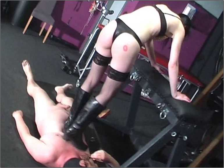 Mistress Anita Divina In Scene: HIGH HEELS & BOOTS TO CRUSH YOU DOWN - MISTRESSANITADIVINA - SD/576p/MP4