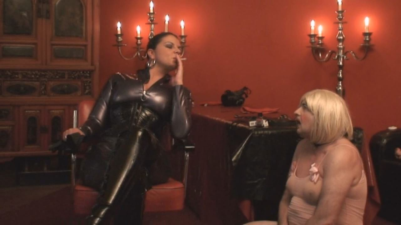 Lady Asmodena In Scene: Mad For Fist 2 - STRAPON-GODDESS - HD/720p/MP4
