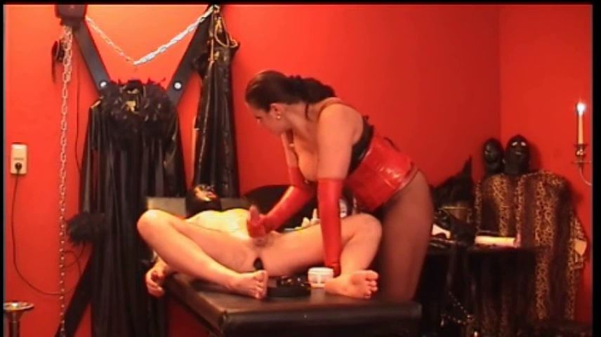 Lady Asmodena In Scene: Handjob - STRAPON-GODDESS - SD/480p/MP4