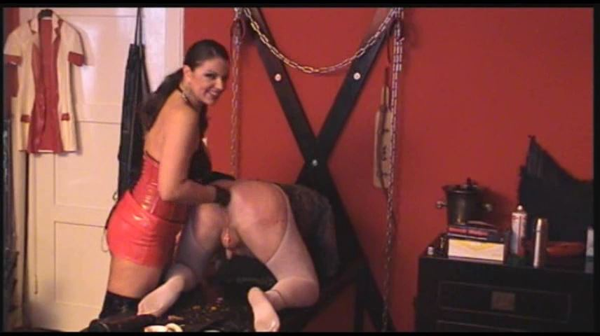 Lady Asmodena In Scene: Bertas Fisting Trip 4 - STRAPON-GODDESS - SD/480p/MP4