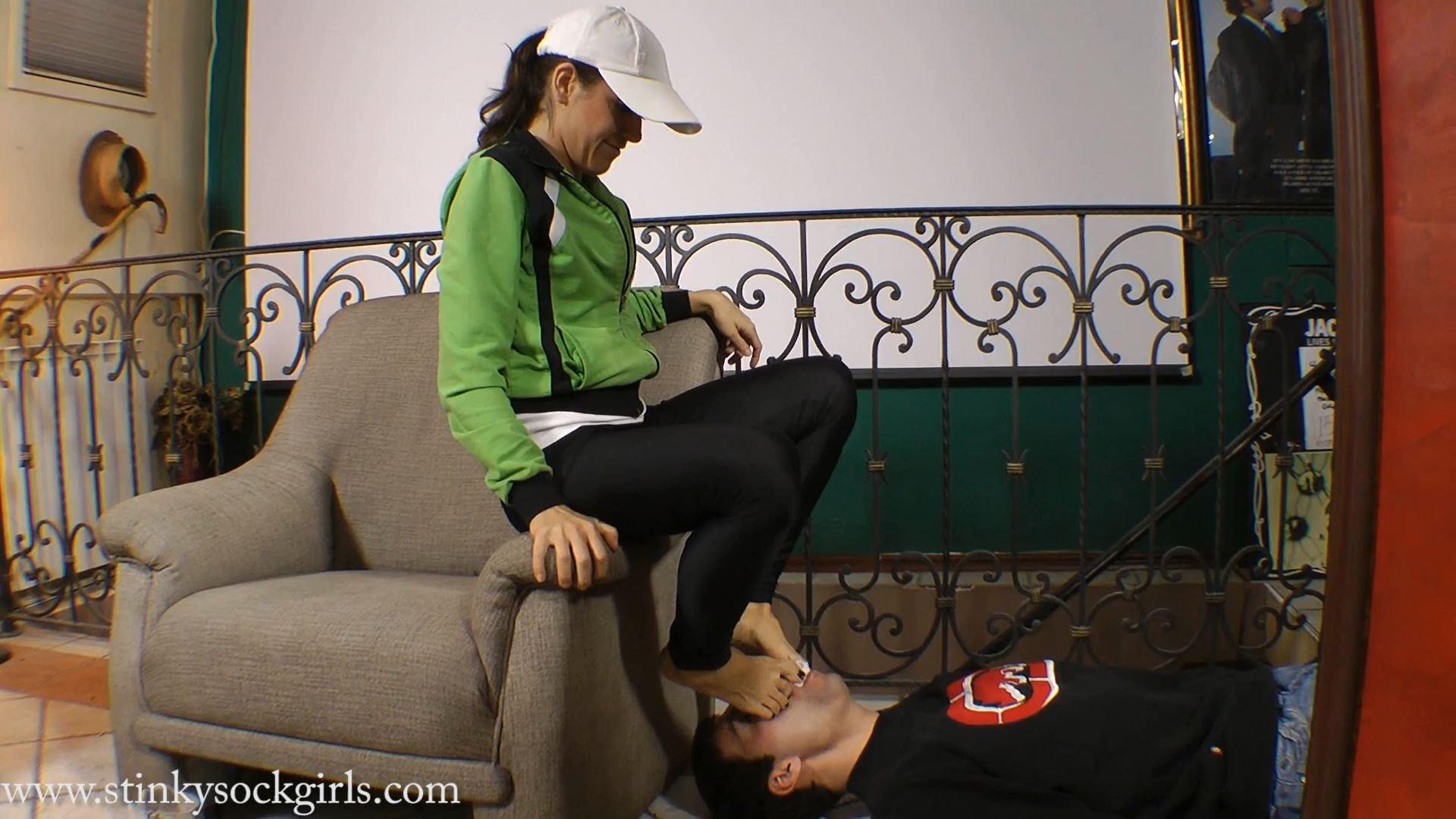 Goddess Jessica In Scene: Jessica�s workout socks Part 3 - SWEATREMOVER - FULL HD/1080p/MP4