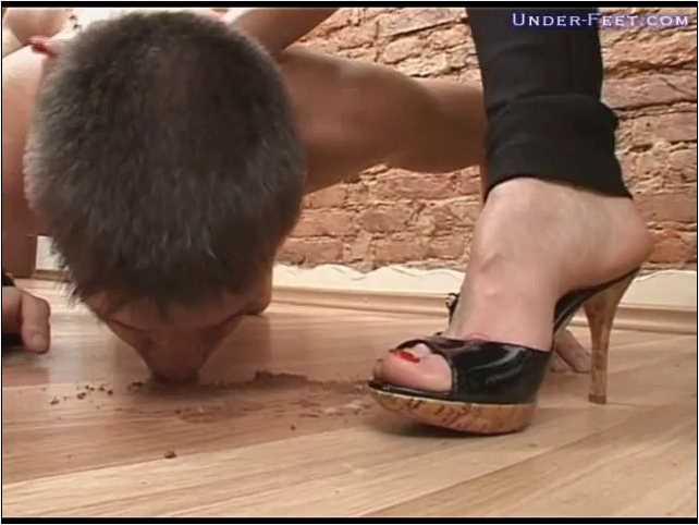 Irina & Paula Foot femdom session from 18 of March 2009 - UNDER-FEET - SD/480p/MP4
