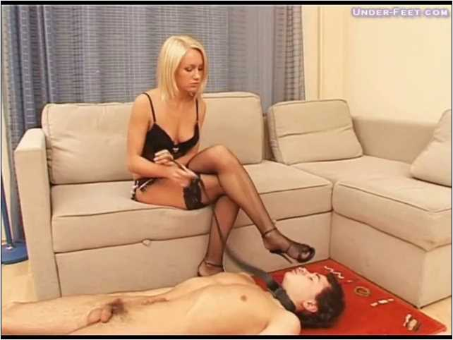 Lera Foot femdom session from 04 of February 2009 - UNDER-FEET - SD/480p/MP4