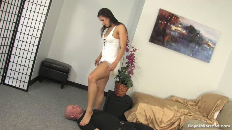 HARD foot slapping by gorgeous Mistress Skylar - BEATENBYGIRLS - SD/540p/MP4