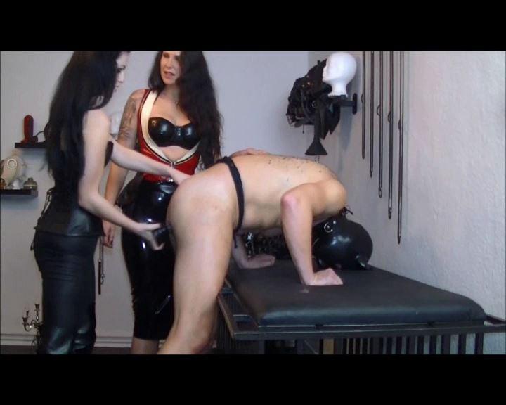 Mistress Blackdiamoond In Scene: Mega Plug In The Ass - BLACKDIAMOOND - SD/576p/MP4