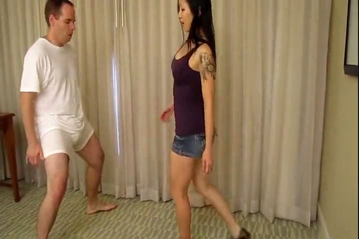 Siren Thorn In Scene: Perving Over Tits? Balls Get Kicked - CRUDELIS AMATOR BALLBUSTING FETISH - SD/480p/MP4