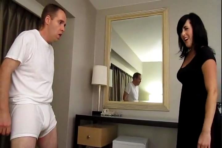 Dixie Comet In Scene: The Dixie Kicks - CRUDELIS AMATOR BALLBUSTING FETISH - SD/480p/MP4