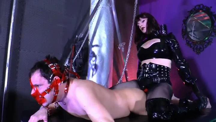 Mistress Andrea Untamed In Scene: TAKE IT LIKE A MAN - CYBILLTROY - SD/406p/MP4
