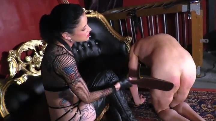 Mistress Cadence St John In Scene: MISTRESS'S BOOT CLEANER - CYBILLTROY - SD/406p/MP4