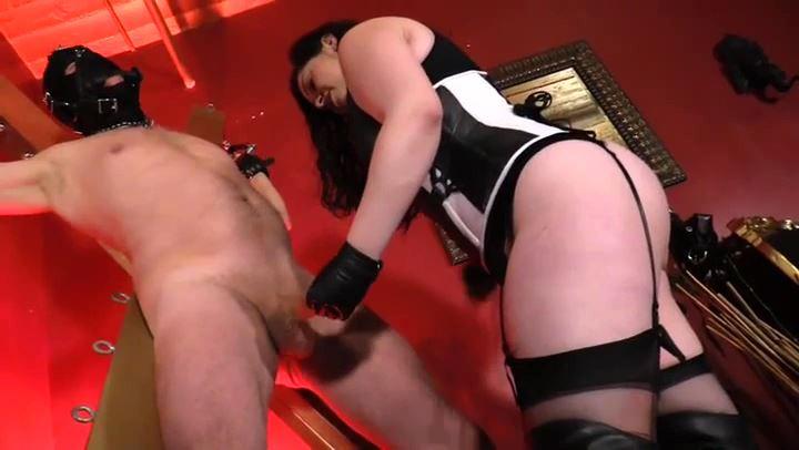 Mistress Hannah Hun In Scene: CHASTITY CBT PUNISHMENT - CYBILLTROY - SD/406p/MP4