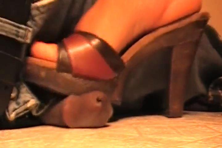 MISTRESS CRUSH In Scene: SIT DOWN COCK SMASH - EBONY COCK CRUSHING UNDER HEELS - SD/480p/MP4