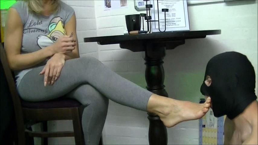 Mistress Elise In Scene: Eat My Toenail Clippings - CLIPS4SALE / ELISE BULLIES BALLS UK - SD/480p/MP4