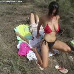 Two in the Bush – FACESITTINGBITCHES – SD/576p/MP4