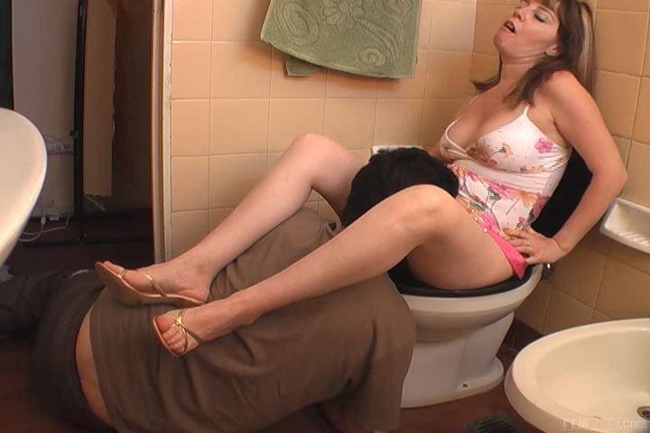 Mistress Dana In Scene: Toilet Slave By Danna - FEMRACE / DOMINANT GIRLS - SD/480p/MP4