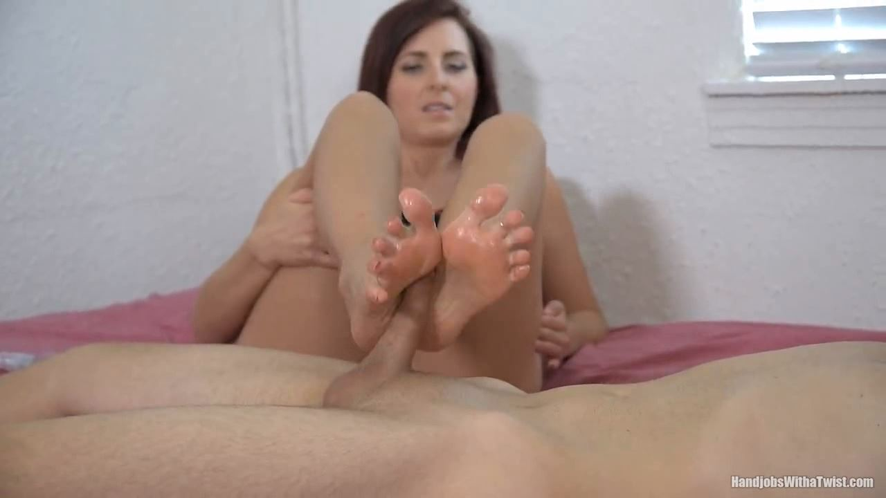 Helena Price In Scene: Helena's Soft and Talented Feet - HANDJOBSWITHATWIST - HD/720p/MP4