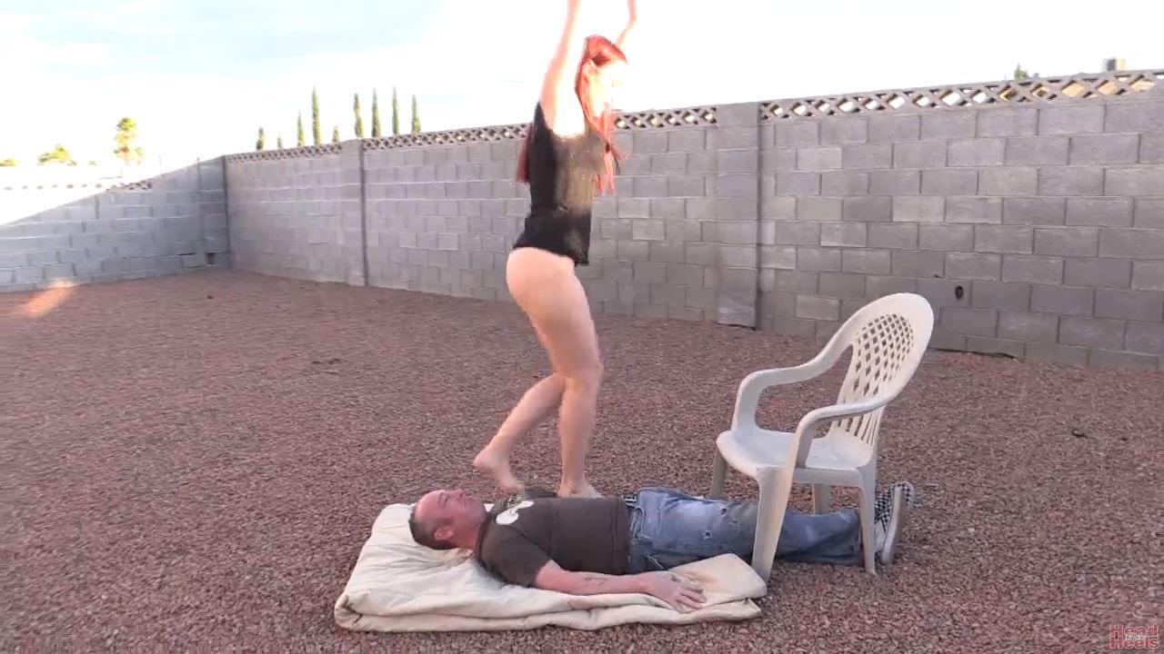 Amazing trampling, stomping and jumping - HEADUNDERHEELS - HD/720p/MP4