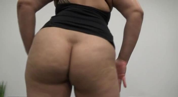 MISTRESS ROBERTA In Scene: LICK MY DIRTY SWEATY ASS HOLE - HOUSE OF PAIN - LQ/384p/MP4
