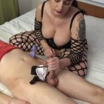MISTRESS ROBERTA In Scene: WOMANIZE AND MILKING MY SUBBY BOYFRIEND – HOUSE OF PAIN – LQ/384p/MP4