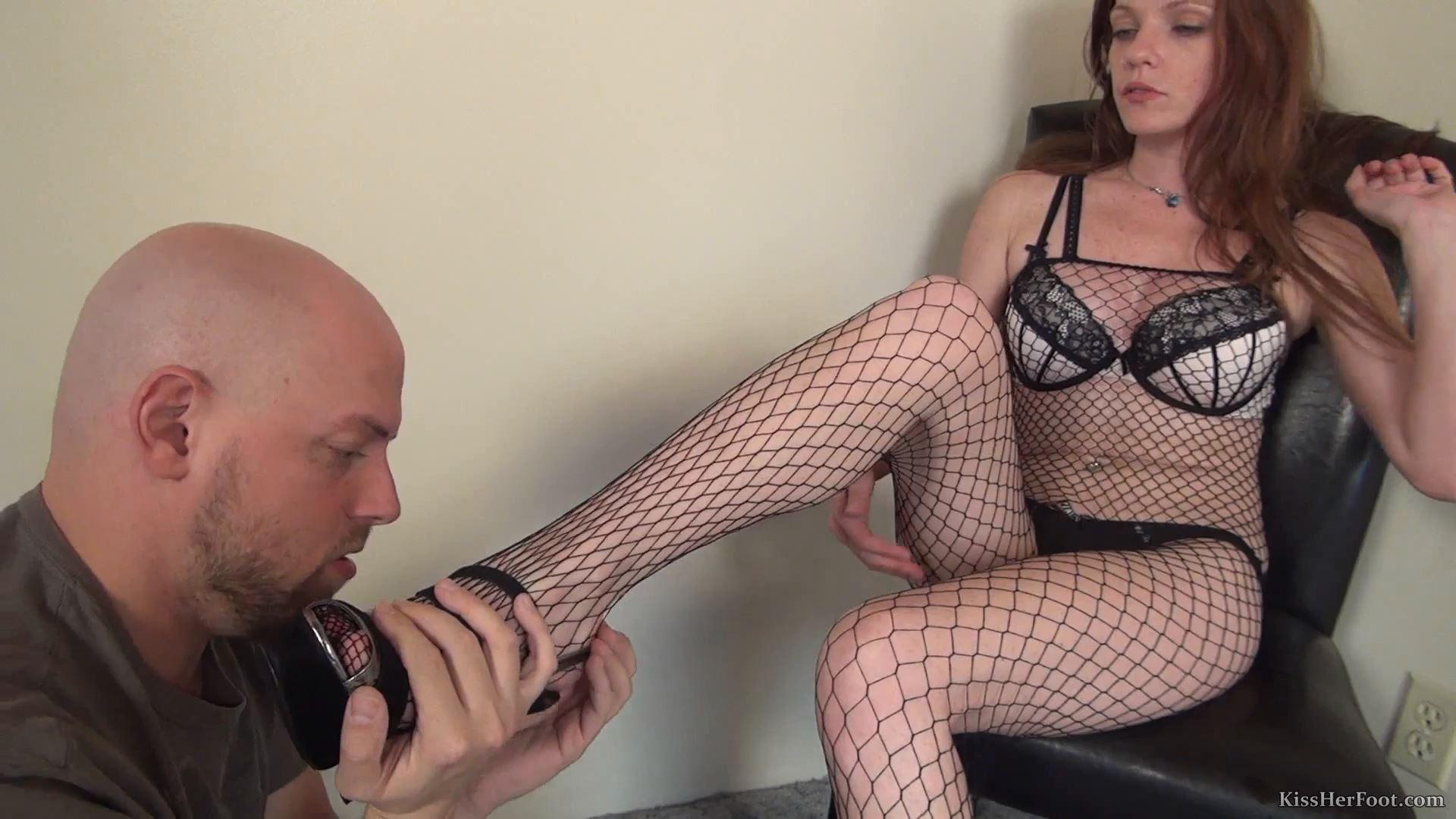 Stocking worship with sexy Kassondra Raine - KISSHERFOOT - FULL HD/1080p/MP4