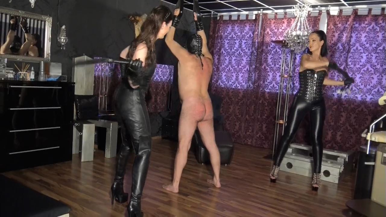 Lady Victoria Valente In Scene: Whipping the slave together Fetish Liza - LADYVICTORIAVALENTE - HD/720p/MP4
