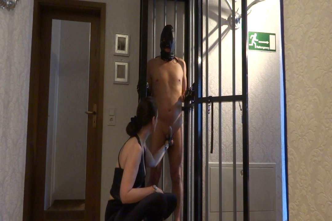 Lady Victoria Valente In Scene: Long-Term Education Caging - LADYVICTORIAVALENTE / REAL GERMAN MISTRESS - HD/720p/MP4
