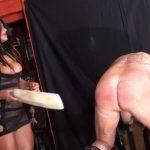 Mistress Dometria In Scene: Big Bat Buttock Bashing – MISTRESS DOMETRIA BDSM CLIPS / BRIGHTONDUNGEON – FULL HD/1080p/MP4