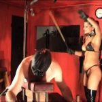 Mistress Dometria In Scene: A Solid Caning – MISTRESS DOMETRIA BDSM CLIPS / BRIGHTONDUNGEON – LQ/320p/MP4