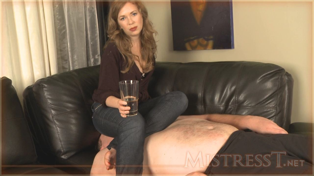 Mistress T In Scene: Facesitting Breath Play - MISTRESST - HD/720p/MP4