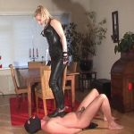 Mistress Kelly Kalashnik In Scene: STABLE BOY TRAMPLING PUNISHMENT – RIDING-MISTRESS / DUTCH FEMDOM – SD/576p/MP4