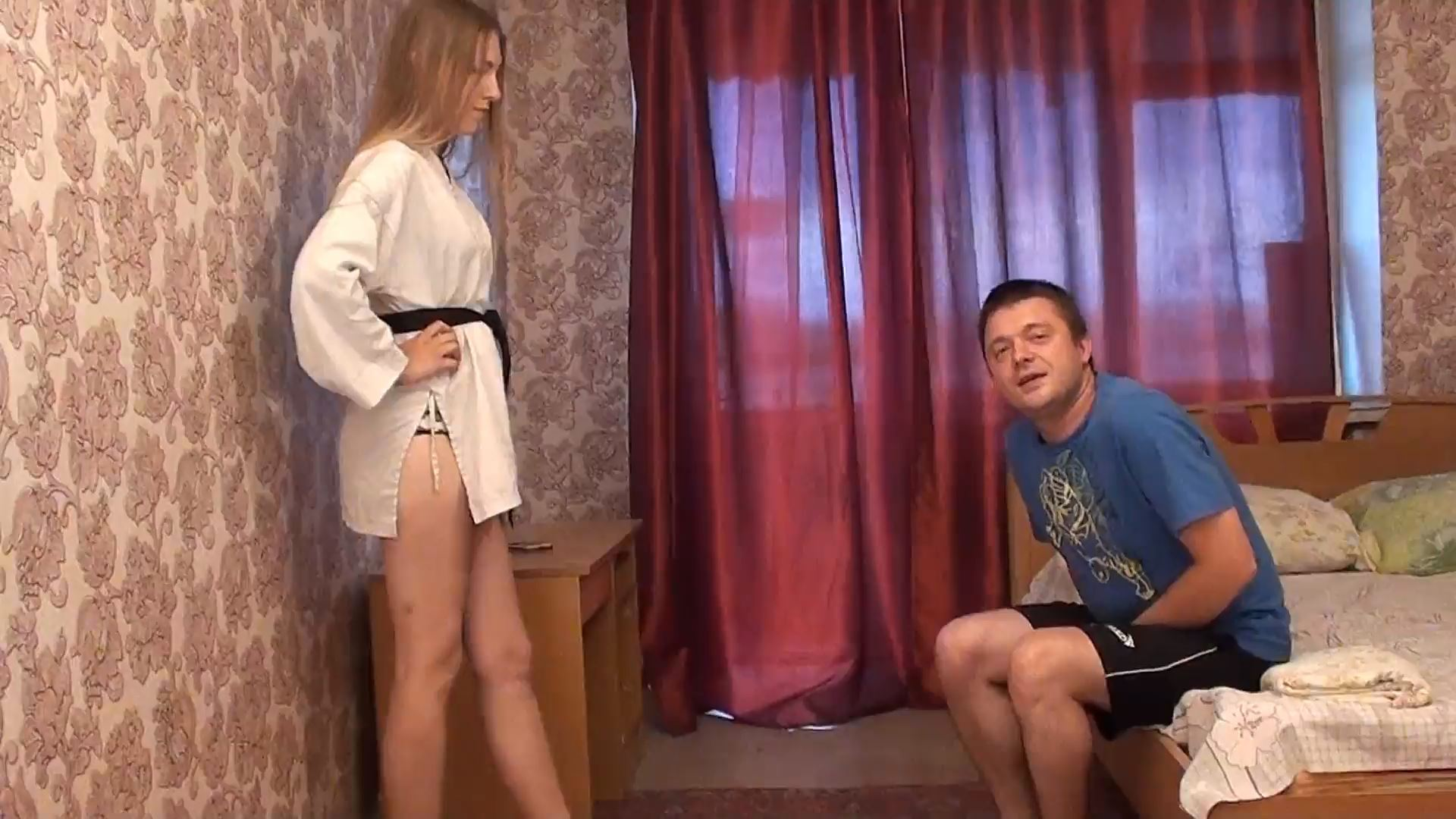 Ballbuster LanaX In Scene: KARATE FOR GIRLS - RUSSIAN BALLBUSTING / BALLBUSTING ROKSANA - FULL HD/1080p/MP4