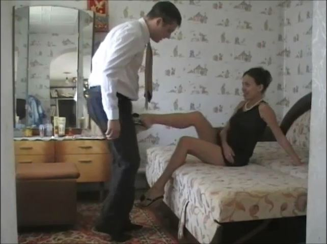 BRING YOUR BALLS HERE, QUICKLY - RUSSIAN BALLBUSTING / BALLBUSTING ROKSANA - SD/480p/MP4