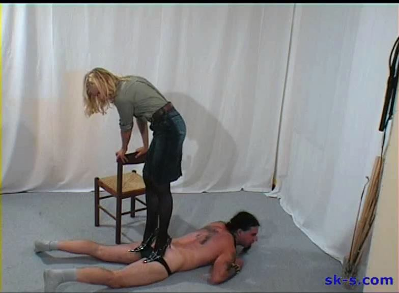 Testing New slaves: Hole Drilling Heels - SPIKEYSTEP VIDEO PRODUCTIONS - SD/576p/MP4