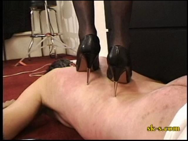 Trample me Lieutenant 2 - SPIKEYSTEP VIDEO PRODUCTIONS - SD/480p/MP4