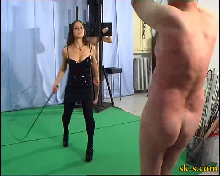 Erikas Toys: Whining Toys Whipping - SPIKEYSTEP VIDEO PRODUCTIONS - SD/576p/MP4
