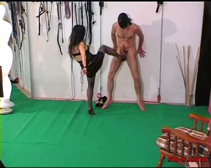 Long Wearing Balls Kicking - SPIKEYSTEP VIDEO PRODUCTIONS - SD/576p/MP4