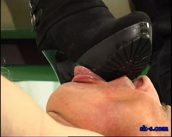 Unnecessary Violence: Soles Worship - SPIKEYSTEP VIDEO PRODUCTIONS - SD/576p/MP4