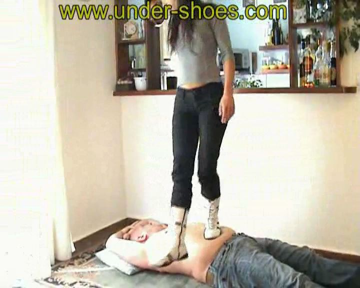 Chris High Sneakers - UNDER-SHOES - SD/576p/MP4