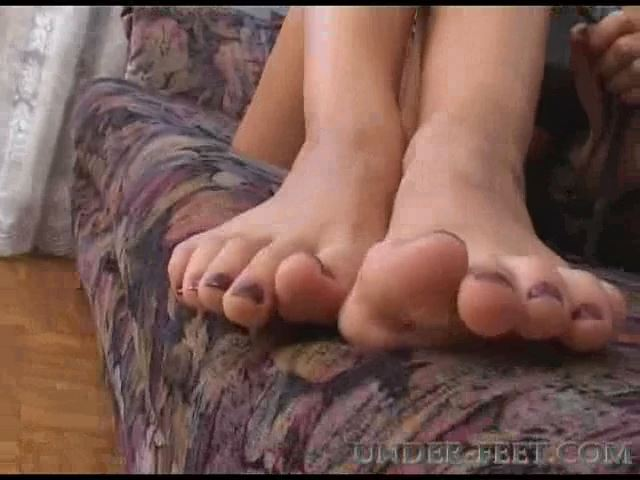 Mariya Foot femdom session from 28 of April 2006 - UNDER-FEET - SD/480p/MP4