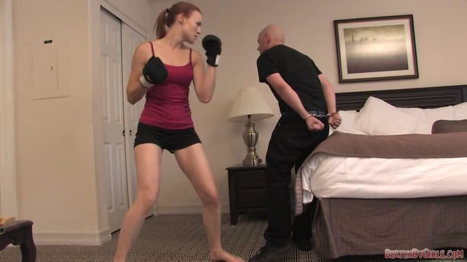 Girl Fight the sequel with Jolene Valkyrie - BEATENBYGIRLS - SD/540p/MP4