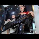 Mistress Blackdiamoond In Scene: Lick In Latex Boots – BLACKDIAMOOND – SD/576p/MP4