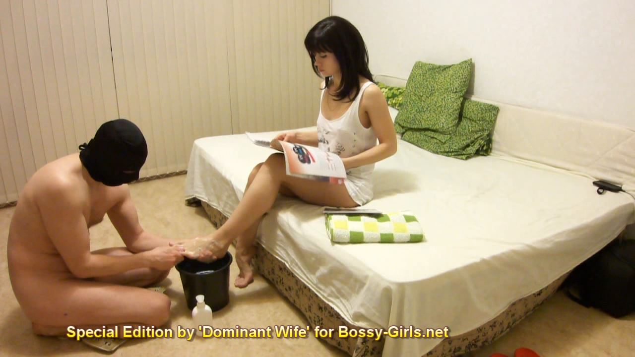 Mistress Ella In Scene: DOMINANT WIFE SPECIAL EDITION FOR BOSSY GIRLS 01 Footwashing Husband - BOSSY GIRLS - HD/720p/WMV