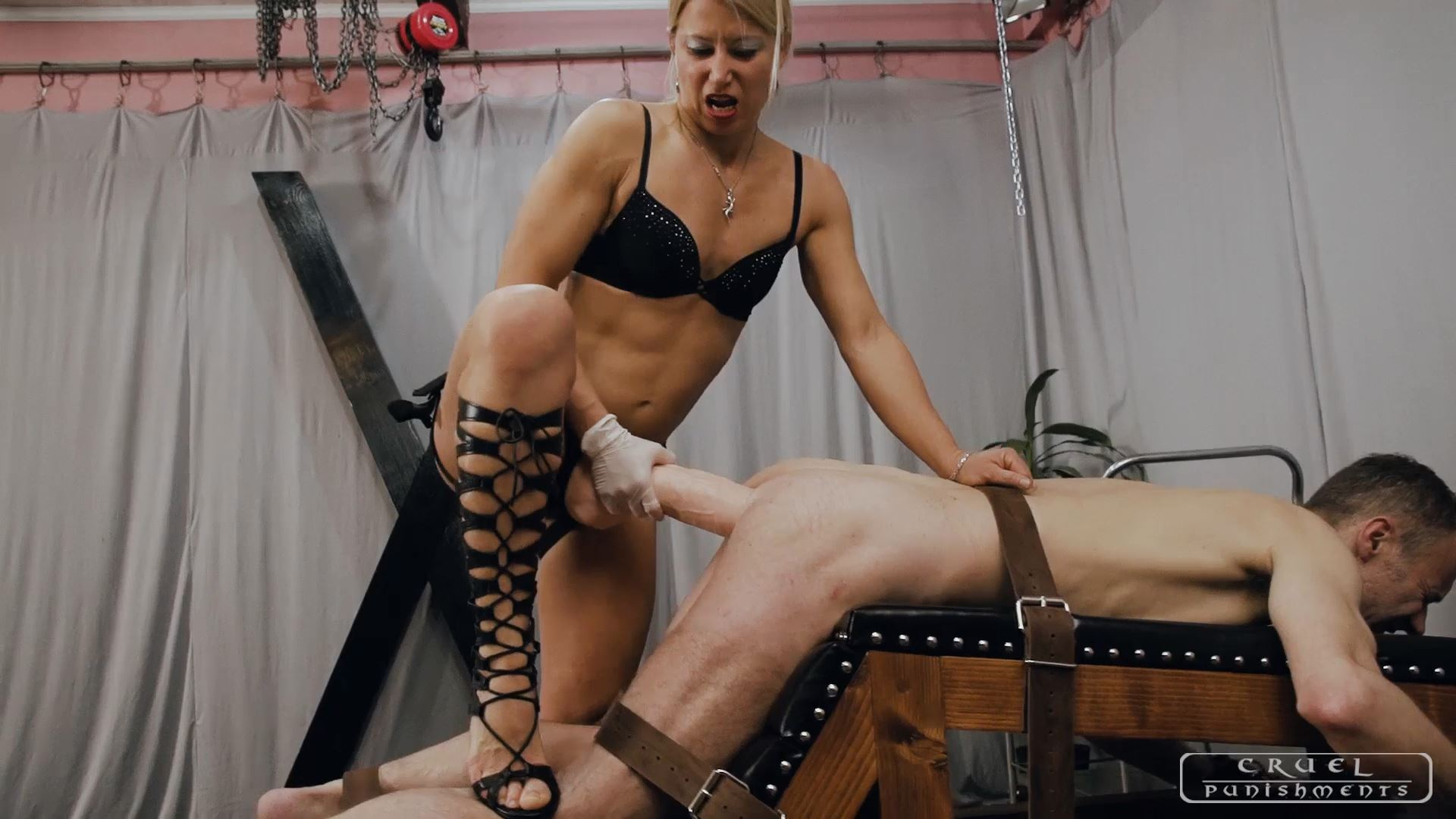 Mistress Zita In Scene: Disappearing strapon - CRUEL PUNISHMENTS - SEVERE FEMDOM - FULL HD/1080p/MP4