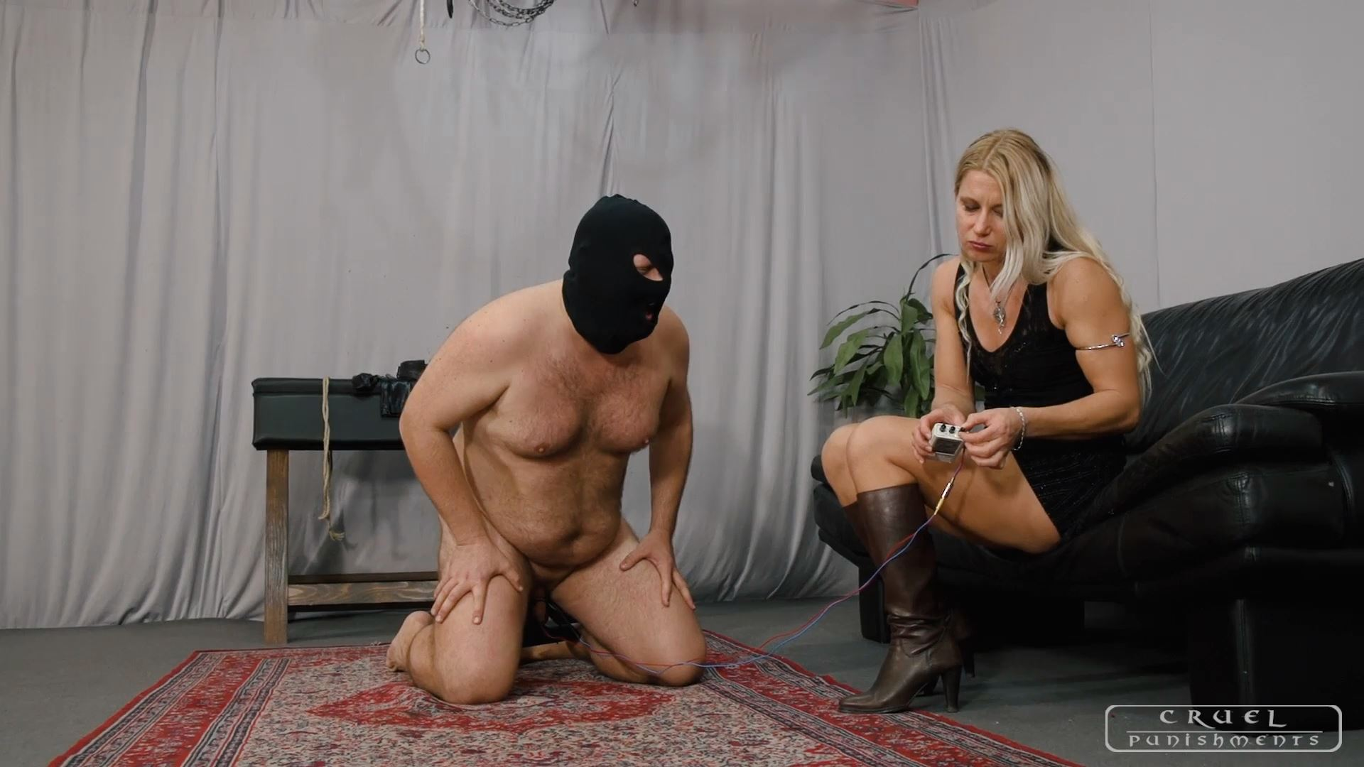 Mistress Zita In Scene: Brutal ball torment - CRUEL PUNISHMENTS - SEVERE FEMDOM - FULL HD/1080p/MP4